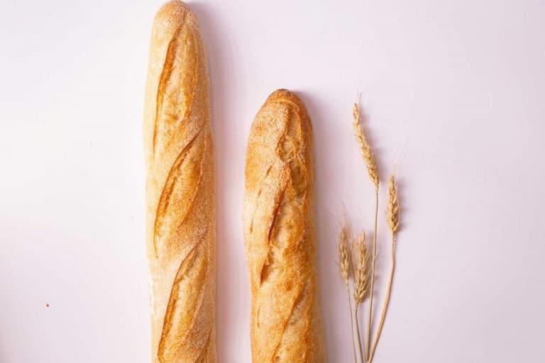 Bánh Baguette tươi - niềm tự hào của nền ẩm thực nước Pháp