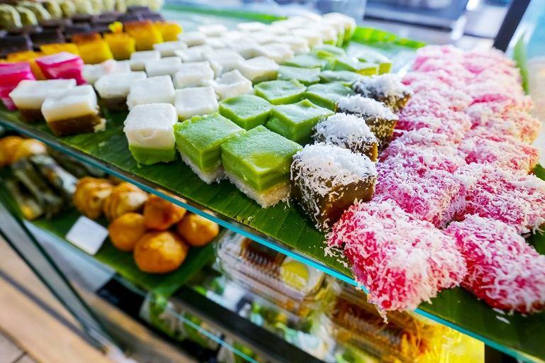 Kuih - Món đồ ăn ngọt nổi tiếng nhất Malaysia