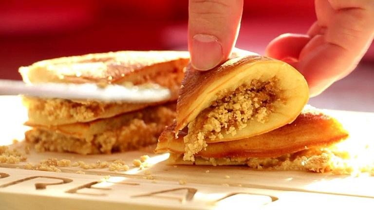 bánh Apam Balik - Đặc sản Malaysia