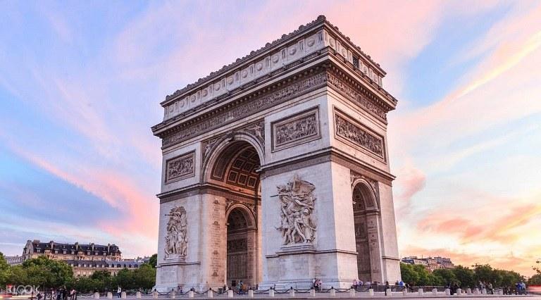 Công trình kiến trúc Khải Hoàn Môn tại Pháp - địa điểm du lịch tại Pháp