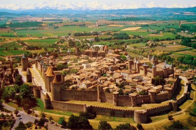 Carcassonne - Địa điểm du lịch tại Pháp không nên bỏ qua