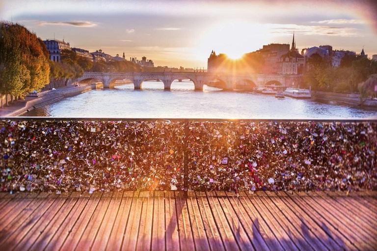 Paris - Điểm đến của mọi cuộc hẹn du lịch
