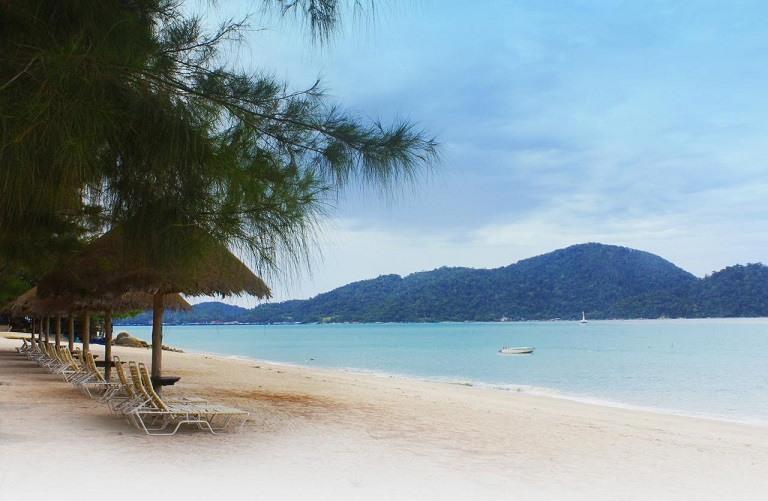 Bãi biển Damai - Du lịch biển Malaysia