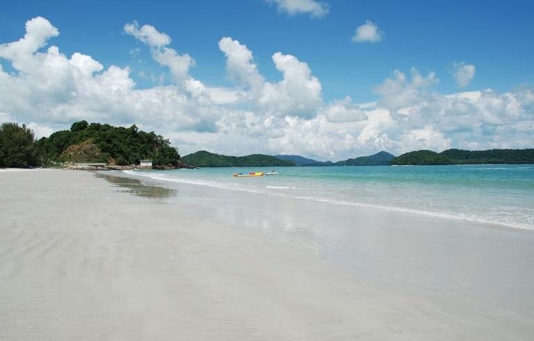 Bãi biển Pasir Tengkorak - Du lịch biển Malaysia