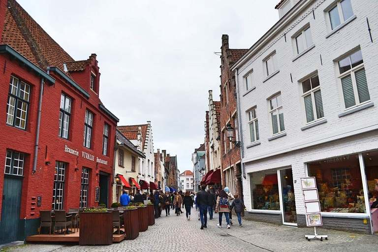 địa điểm du lịch Hà Lan - Con đường rải sỏi tại Bruges