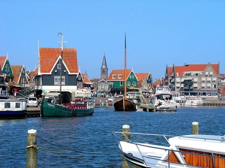 địa điểm du lịch Hà Lan - Bến cảng Volendam