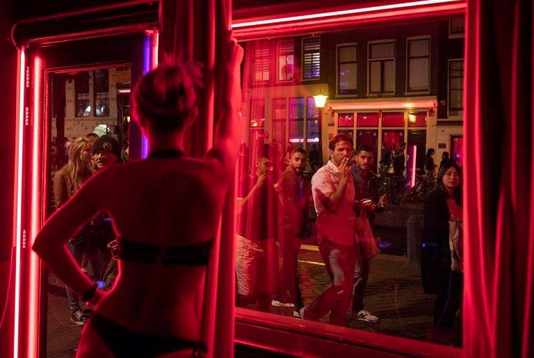 Phố đèn đỏ Amsterdam