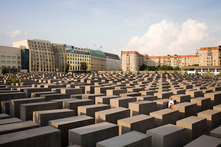 Kinh nghiệm du lịch Berlin - Đài tưởng niệm Holocaust
