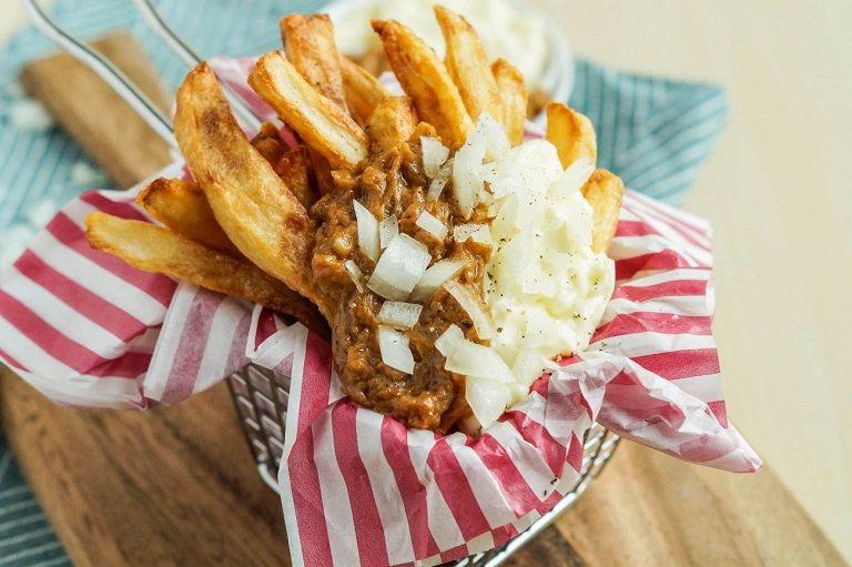 Du lịch Hà Lan nên ăn gì? Thick Dutch Fries