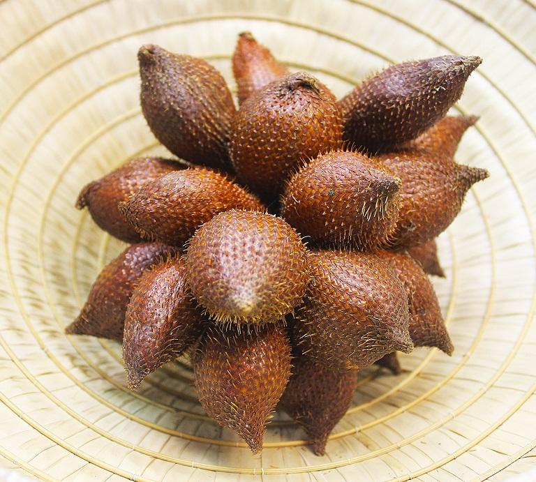 Du lịch Indonesia mua gì về làm quà - Trái Salak
