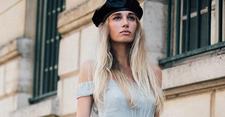 Du lịch Pháp mua gì làm quà? Đừng bỏ qua mũ beret