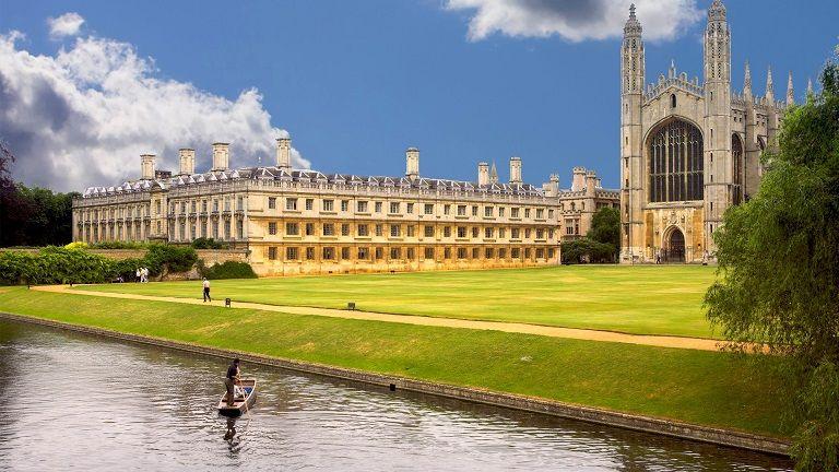 Du lịch Cambridge vào mùa Hè là thuận lợi nhất