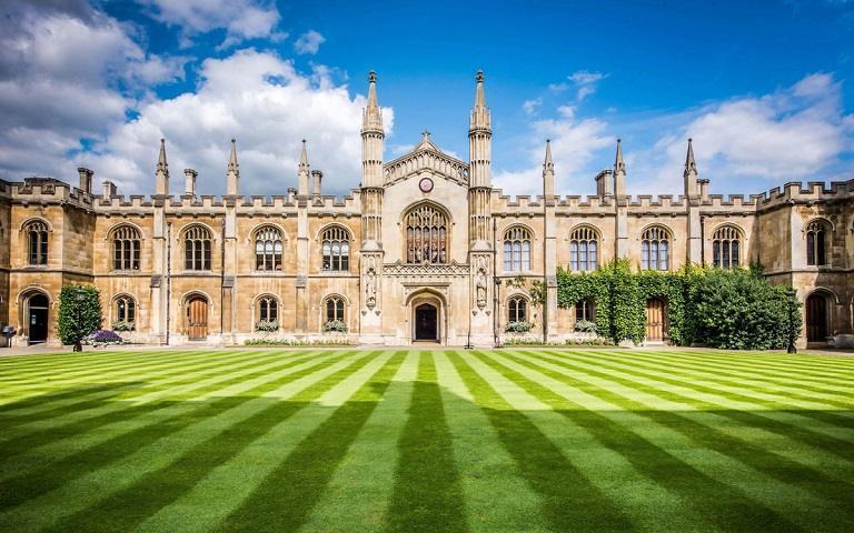 Kinh nghiệm du lịch Cambridge - Trường Đại học Cambridge