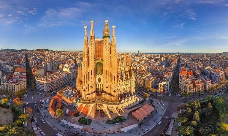kinh nghiệm du lịch châu  u - Barcelona