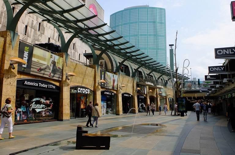 Kinh nghiệm du lịch Hà Lan - Con đường mua sắm nổi tiếng của Amsterdam