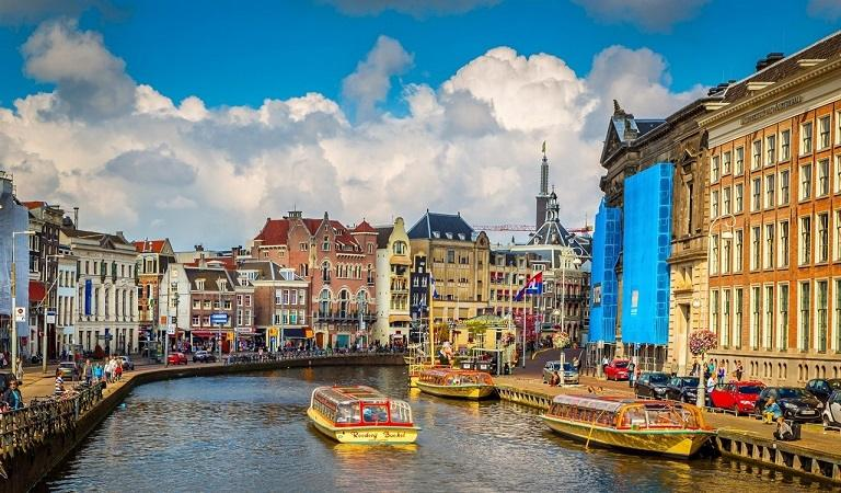 Kinh nghiệm du lịch Hà Lan - Kênh đào Amsterdam