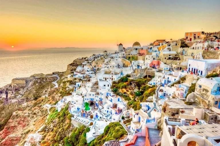 Kinh nghiệm du lịch Santorini - Làng Oia