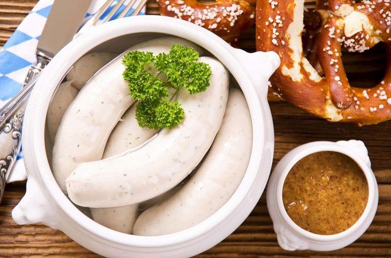 Món ăn nổi tiếng của Đức - Xúc xích Weisswurst