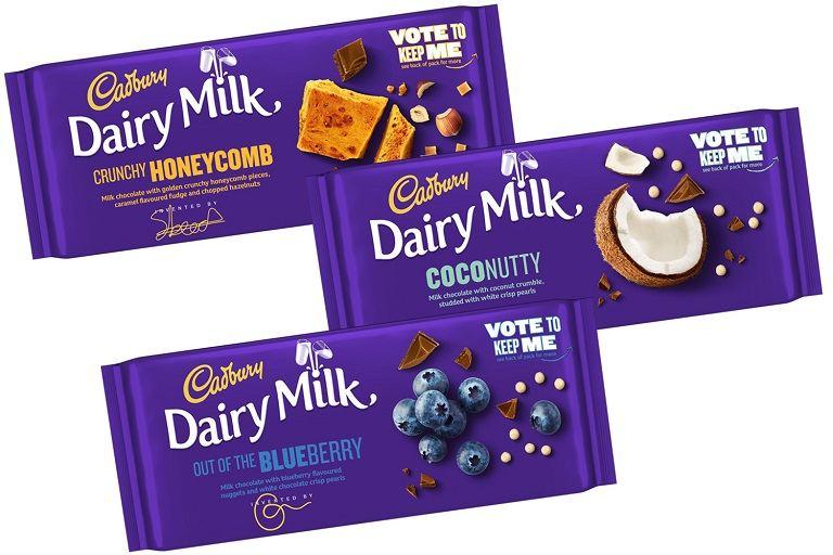 Các loại socola và bánh ngọt có thể mua về làm quà