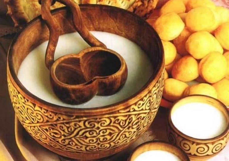 Sữa được dùng phổ biến làm thức uống dinh dưỡng và ủ rượu