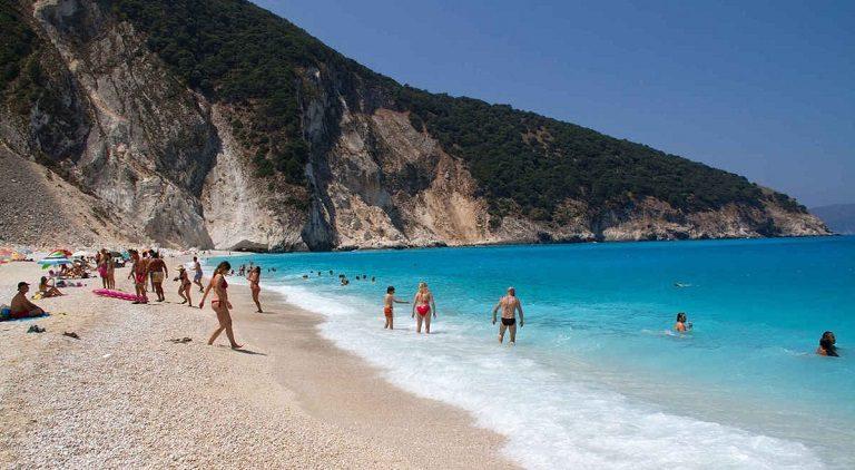 Bãi biển Myrtos - địa điểm du lịch tại Hy Lạp