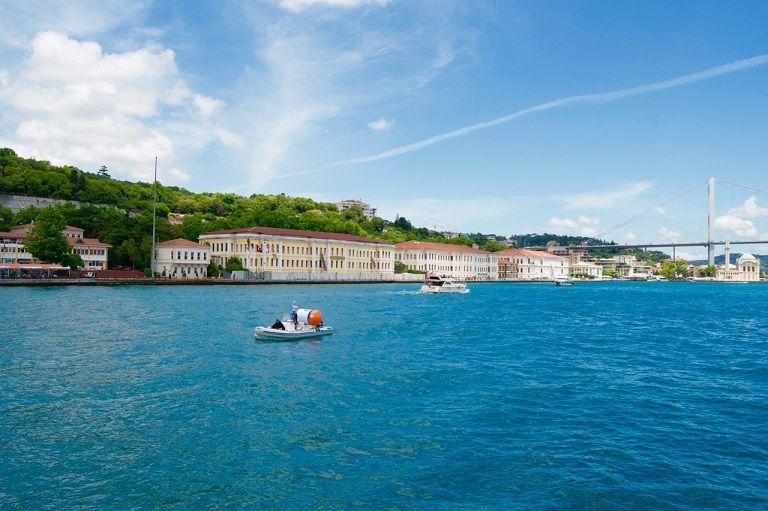 Kinh nghiệm du lịch Thổ Nhĩ Kỳ - Cung điện Bosphorus