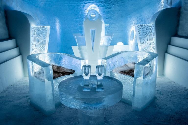 Khách sạn băng Icehotel