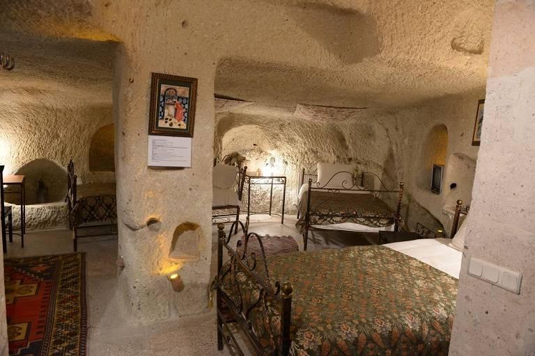 Khách sạn cổ Caravanserai