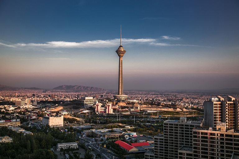 Tháp Milad - một trong những tòa tháp cao nhất thế giới