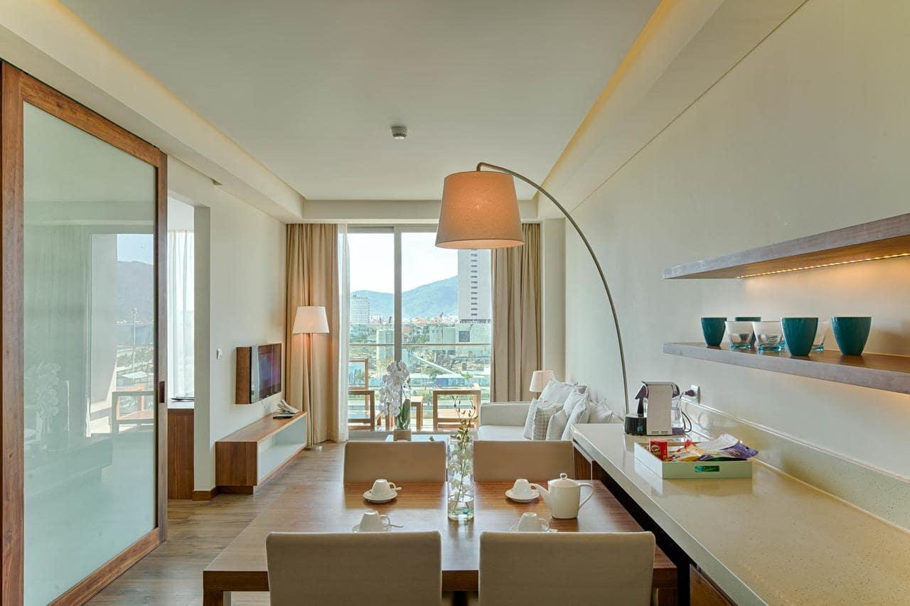 Khách sạn Đà Nẵng gần biển 14