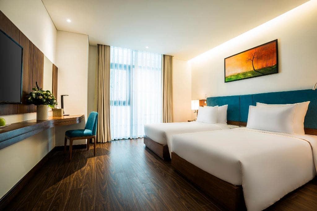 Khách sạn Đà Nẵng gần biển 8