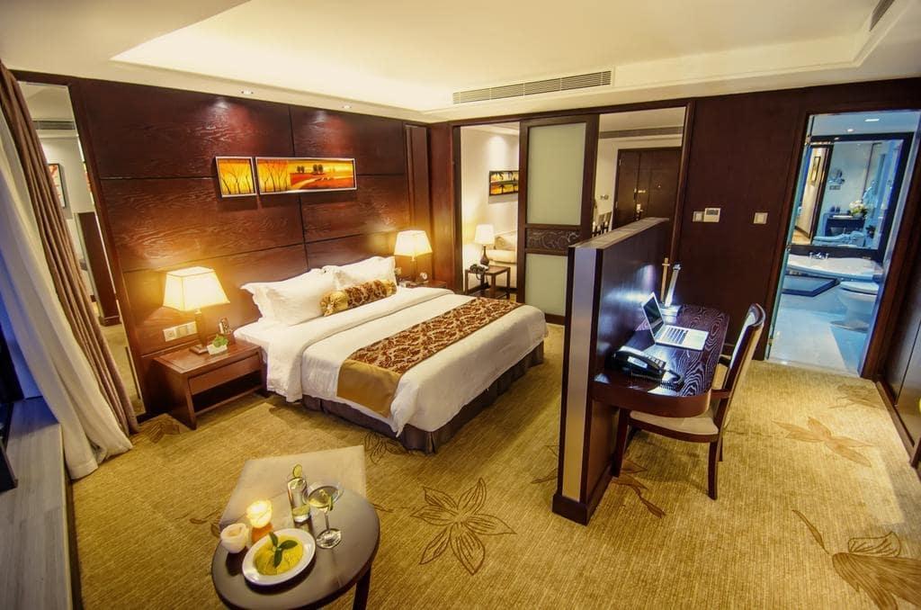 Khách sạn gần trung tâm Đà Nẵng 4