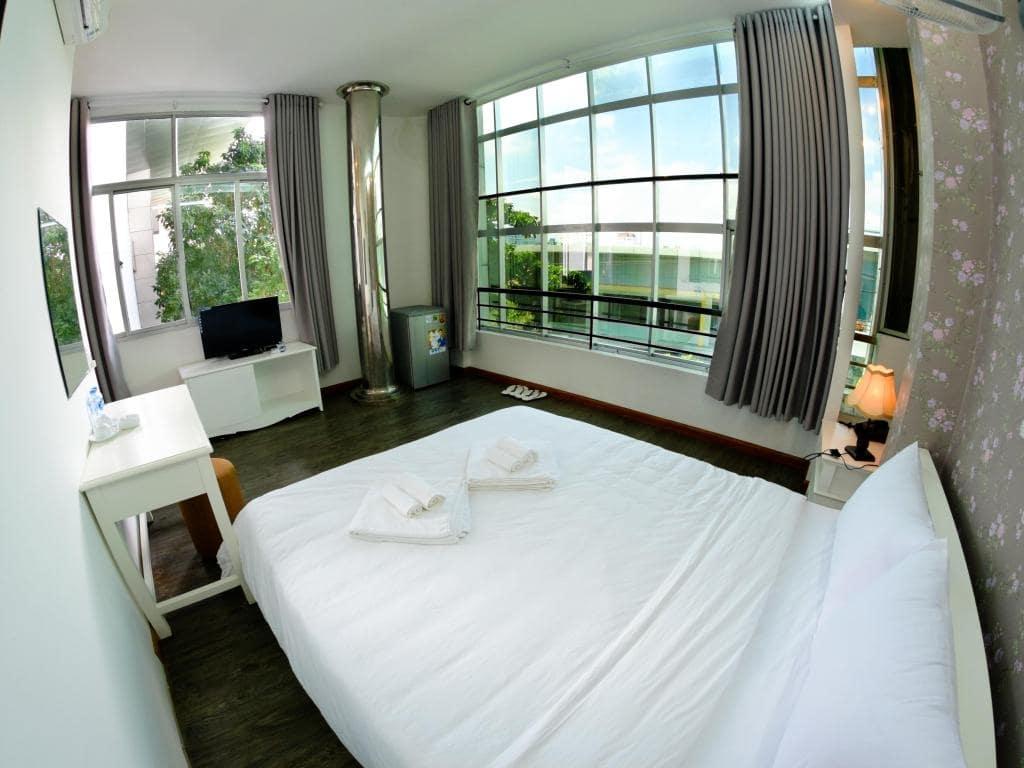 Khách sạn gần trung tâm Đà Nẵng 7